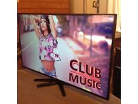 LUXOR 42-inch Smart full HD LED TV,built in Wifi, Youtube,Freeview HD,Netflix, GOOD CONDITION