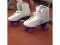 Size 7 ladies roller skates. Never been used