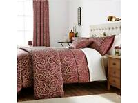 Broomhill Sofia Super King Duvet and a pair of Curtains in berry (New)