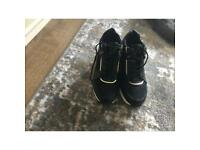 Black trainers size 5