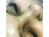 Russian Eyelashes extensions £30