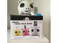 White Amethyst pig ipod /iphone dock and speaker, remote control, as new with new connector