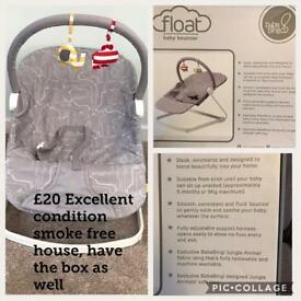 Float baby bouncer chair