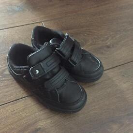 Boys shoes- size 8