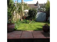 3 minutes to Brighton Station £1200 pcm furnished one bedroom flat April to September only