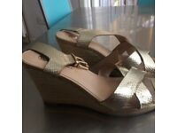River island wedges