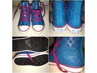 *Bargain* Used Unisex Uk Kids Size 11 Converse Chuck Taylor All Star Rubber Hi Top Pumps