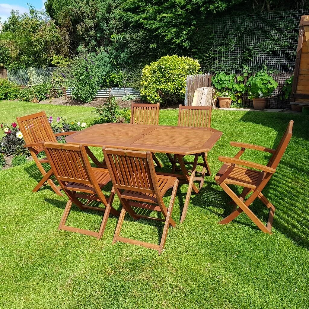 Solid teak garden table and 6 chairs | in Dundee | Gumtree
