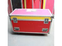wheeled flightcase cable trunk martin mac 500 movers