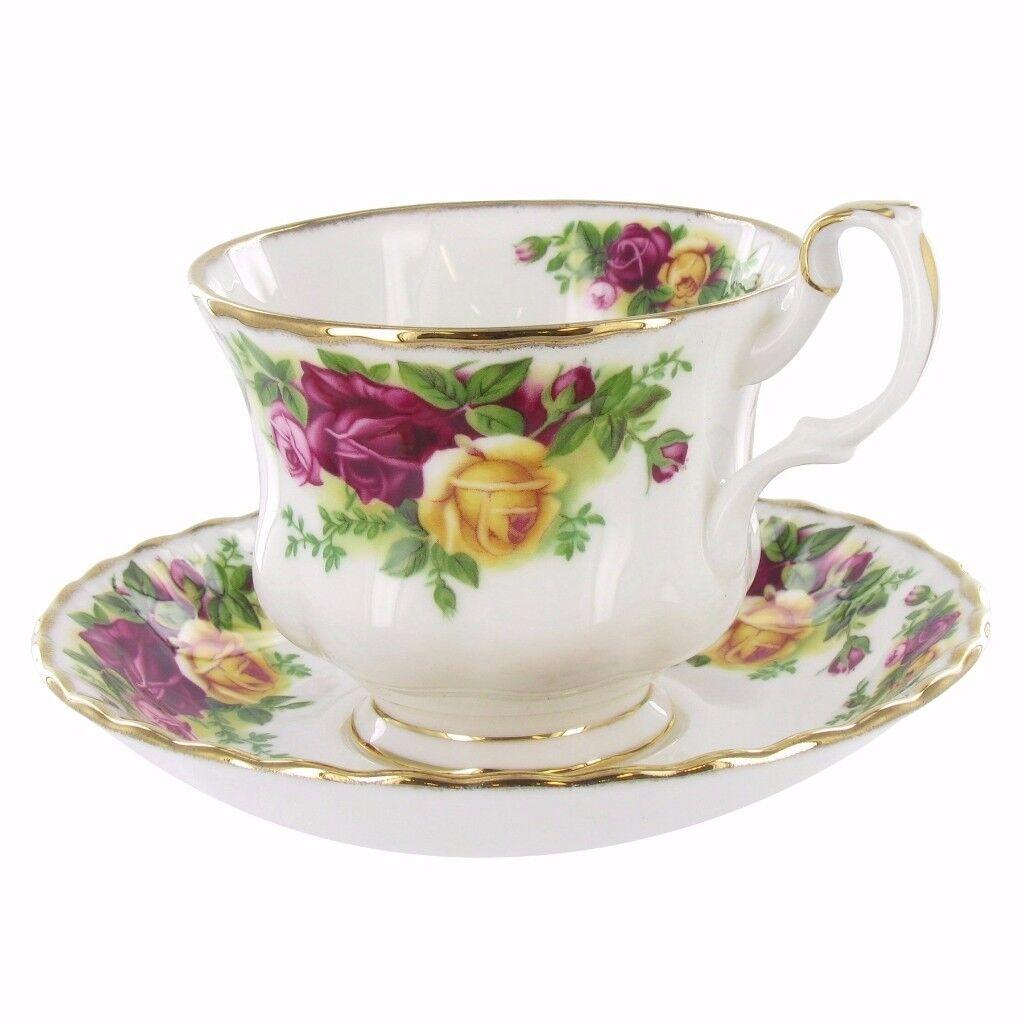 Royal Albert - Old Country Roses Tea Set