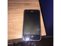 iPhone 3gs 16gb unlocked, spares or repairs