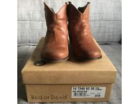 Immaculate Red or Dead 'Mountain' tan ankle boots with back zip- size 4