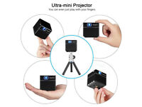 BRAND NEW,,ExquizOn S6 Mini Cube Pocket DLP Projector, 2000 Lumens/100 ANSI Lumens