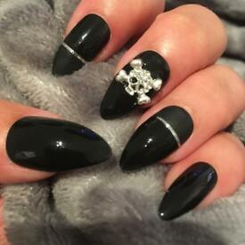 Black Skull Hand Painted False Nails