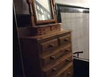 A Beautiful compact chest of drawers with standalone mirror