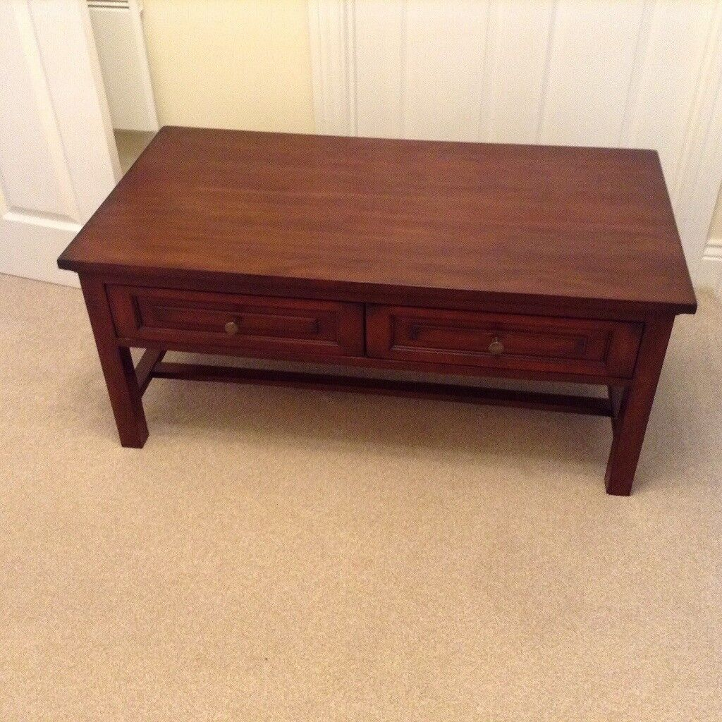 Large Coffee Table With Drawers In Very Good Condition