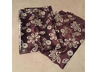 4 pairs curtains 1 bed spread .