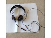 Sennheisser Momentum headphones