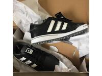 Adidas Junior Golf Shoes Size 1 BNIB