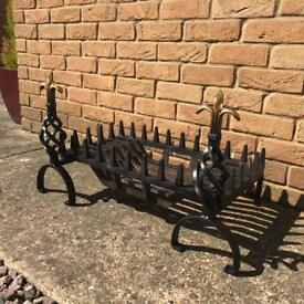 Large Cast Iron Fire Grate With Dog Legs