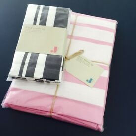 Brand New Jamie Oliver stripe table cloth and napkin set