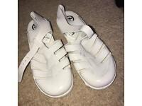 Juju jelly shoes, size 5!