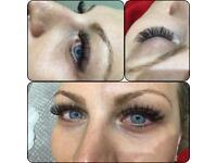 Eyelashes / nails