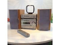 Sony Mini Hi-Fi Component System DHC - MD333 CD Tape MD Radio Stereo