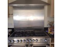 Stainless steel cooker splashback