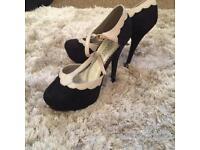 New look size 4 heels