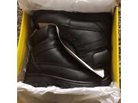 pair of size 8 safety boots
