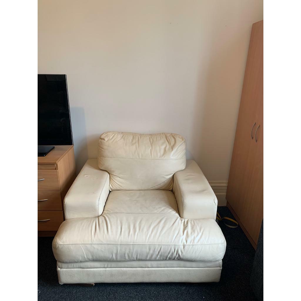 free living room furniture  in east end glasgow  gumtree