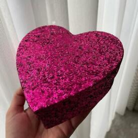 Valentine heart shape or hamper pink glitter