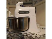 Kenwood HM680 Chefette mixer with stand