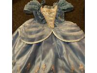 Girls age 3/4 dress up clothes
