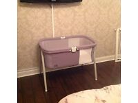 Chicco Lullago Crib colour grey, in excellent condition. Suitable as home crib or travel cot.