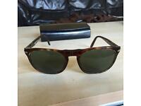 Persol 2994s wayfarer style sunglasses