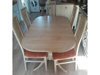 Extending Dining Table & 6 Chairs (inc 2 Carvers) - Limed Oak Finish