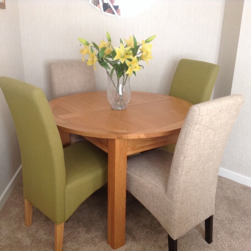 Solid Oak Extending Dining Table 4 Chairs