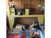 Mini maxi t100 wood lathe and tools and chucks. £300