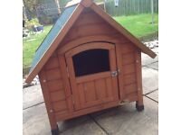 Wooden animal kennel good condition