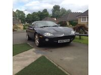 Jaguar xk8 auto black,cream leather 64k