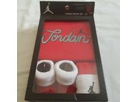 Official Air Jordan 3 Piece Infant Baby Grow Set 0-6 Months-Nike (2 lots)