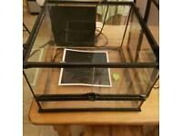 Exoterra Terrarium / Vivarium plus set up