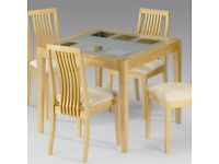 Alaska Pine and Glass extendable dining table with 4 Chairs