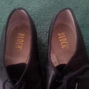 Bloch Jazz shoes size fits 7 1/2 ladies (actually 8 1/2 on shoe) Kitchener / Waterloo Kitchener Area image 2