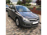 2006 Vauxhall Astra Design Automatic - FSH - Timing belt & Water pump changed - Reverse Sensors