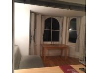 Great 1 bedroom apartment in Notting Hill available now, moments from Portobello Market