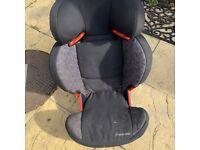 2 good condition maxi cosi car seats