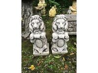 Pair Lion Ornament